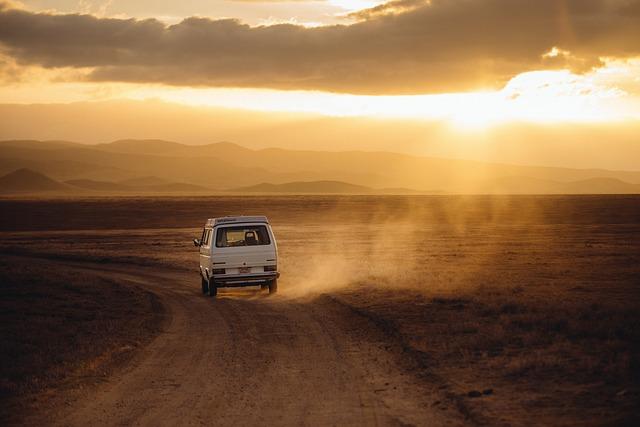 Wyjazdy międzynarodowe czy musimy jechać prywatnym autem?